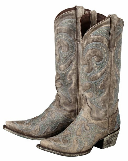 a6c9f2c2da8 5 Fabulous Pairs of Cowboy Boots for Fall by Guest Blogger Raquel ...